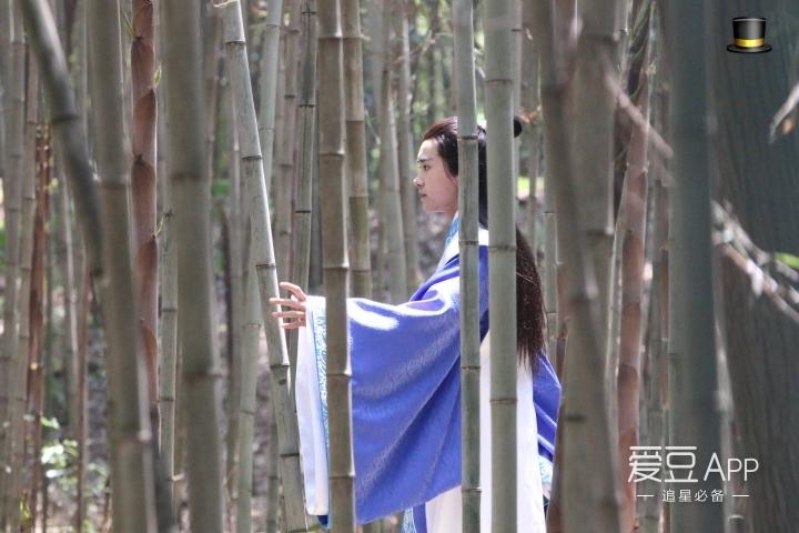 [tfboys][新闻]160429 香草灵均,竹林间千玺剑舞抚琴