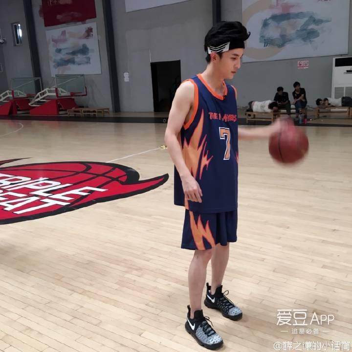 [薛之谦][分享]160710 今天是打篮球的运动系薛老板
