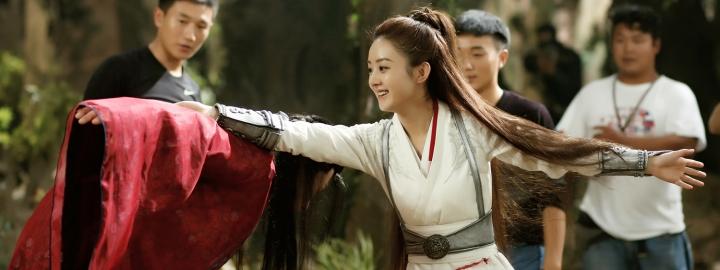 我就是花千骨 新闻列表 [分享]161213 从霸道总裁到女儿国国王,赵丽颖图片