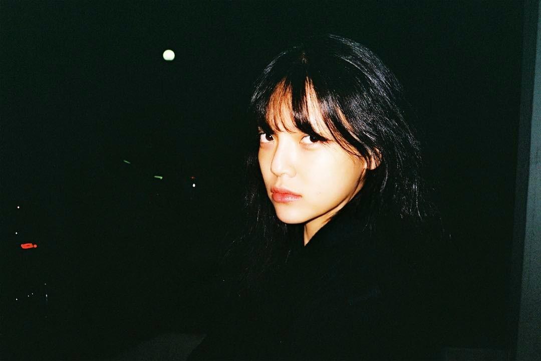 [aoa][新闻]170327 智珉素颜也迷人 黑暗中最闪亮