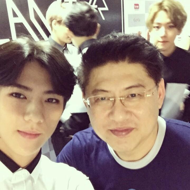 [exo][分享]150622 sorrayuth9111公开世勋与后台照 剪刀手伯贤成功