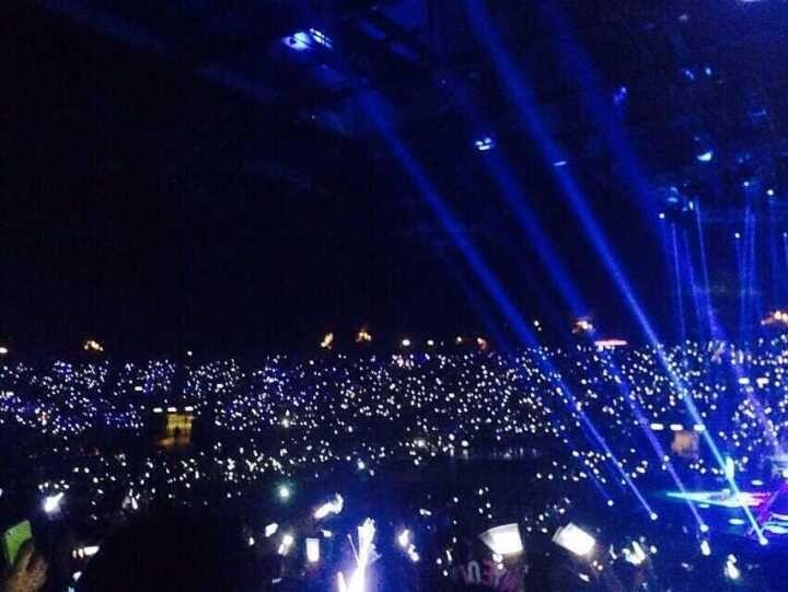 [exo][分享]150817 exo香港演唱会第二场 银海达成图片
