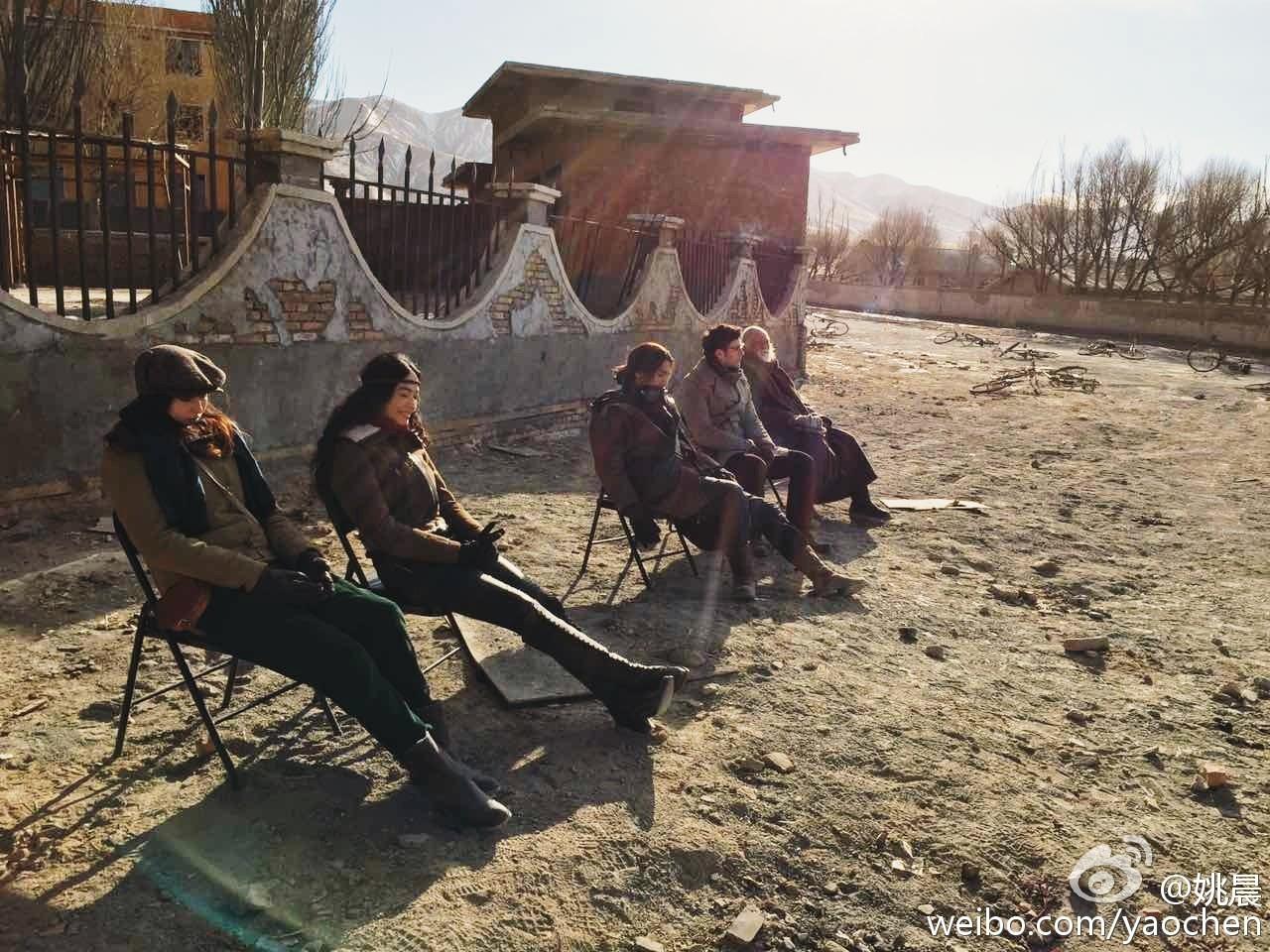 《九层妖塔》拍摄期间的花絮照