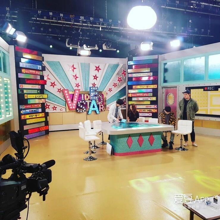 骚女影院欥��_[block b][新闻]161021 圈饭神器李泰欥 新鲜综艺录制
