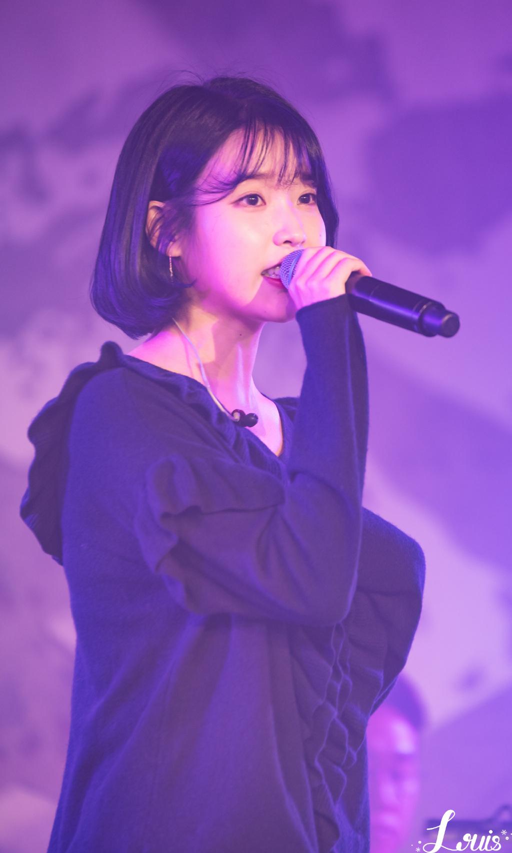 [iu][分享]161210 iu助阵任瑟雍solo演唱会 甜蜜再演绎《唠叨》图片