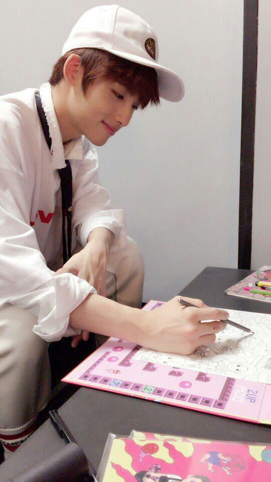 希望这次秋天都可以是彩色 治愈的 #nct127 #taeyong #jaehyun #win
