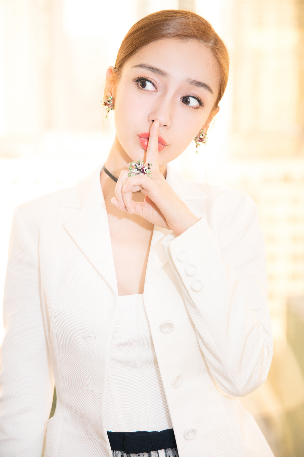 [Angelababy][新闻]171209 优雅大使已就位 An