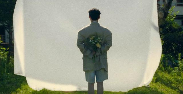 EXO 都暻秀收录曲《It's Love》将包含韩语版-西班牙语版