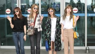EXID因KCON行程前往纽约 机场时尚简单帅气
