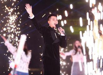 [新闻]181231 熊梓淇登北京卫视跨年演唱会 元气满满带来歌曲《强国一代有我在》