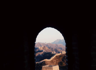 [新闻]200123 Justin绿洲分享风景照 了不起的男孩拍摄长城