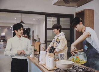 [分享]200221 粉丝跪求TFBOYS出团综,兄弟们厨房的故事