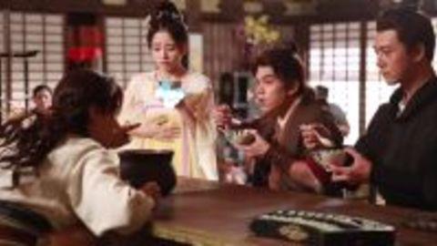 [新闻]170324 《热血长安》花絮第一弹 贤惠萨摩亲手煲鸡汤却被围殴?!