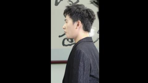 [分享]181215 杨洋出席活动拍摄照片时爆料:最近胖了?