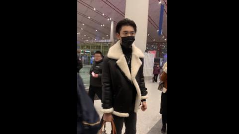 [新闻]190219 王子异元宵节北京出发去工作 义乌的小伙伴们有眼福咯!