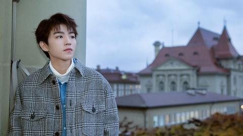 [TFBOYS][新闻]191130 王俊凯ins文艺青年上线,最美的不是下雨天