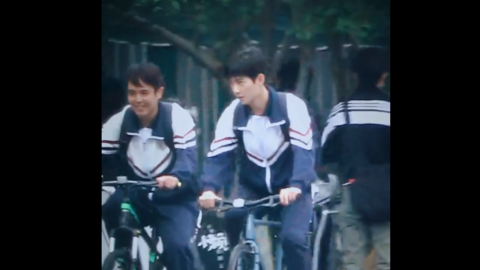 [新闻]201022 杨洋《你是我的荣耀》路透公开 想承包于途学长的自行车后座