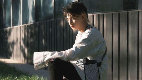 [新闻]201025 黄明昊首唱会重要物料汇总分享 18少年的未来还有更多可能性