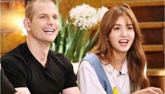 [星闻]Somi与父亲Matthew同伴出演《丛林的法则》!