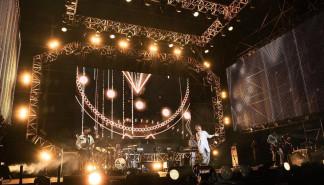 [消息]八三夭助阵《全中运选手之夜演唱会》为选手们加油打气,五万观众HIGH翻现场!