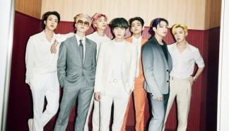 [星闻]BTS登上《滚石》封面,全体亚洲人组合时隔54年首次出现