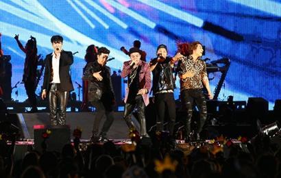 [新闻]140830 BIGBANG&WINNER东京味之素演唱会5万人狂热