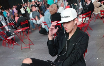 [分享]150510 我们的街拍时刻 凡先生&纽约时代广场