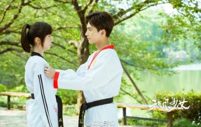 """[新闻]150827 《旋风少女》收官 杨洋力挺""""白兔夫妇""""爱情"""