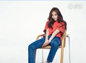 [分享]150908 keds_korea更新大长腿秀晶视频一则
