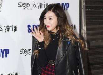 [新闻]151016 Tiffany参加首尔时装周 时尚感爆棚