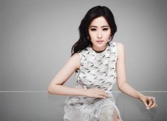 [新闻]151015 Dior迪奥宣布刘亦菲成为花蜜系列形象大使