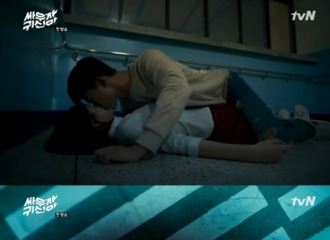 [新闻]160712 2PM泽演金所炫亲了又亲《打架吧鬼神》首播破《又,吴海英》纪录