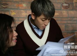 [新闻]161013 陈翔现身网综实力宠饭 与粉丝互动超有爱!