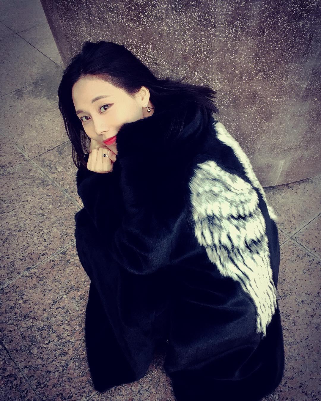 [新闻]161110 挥着翅膀的王霏霏:请叫我天使!