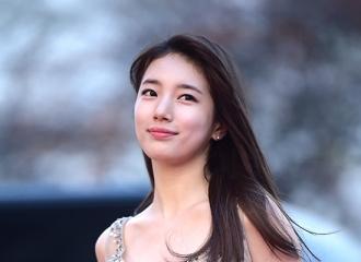 """[新闻]161116 女神降临!秀智亮相""""2016 Asia Artist Awards""""红毯仙气十足"""