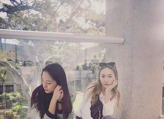 [分享]170109 帅气晶宝现身姐姐INS  郑氏2017年的第一次同框