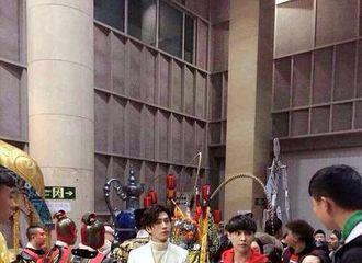 [新闻]170117 春晚节目大曝光 井柏然要唱儿歌?