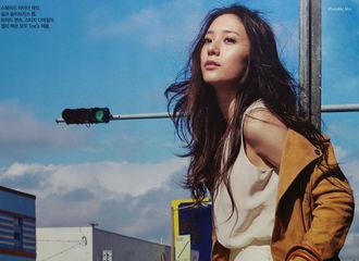[分享]170120 郑秀晶参与拍摄杂志《BAZAAR》高清扫图再公开 小露香肩好撩人
