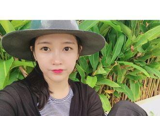 [新闻]170121 智妍晒旅行游记 从田园风光到摩登都市开心度假