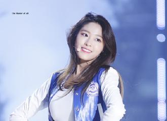 [新闻]170214 情人节最想向其表白的明星 AOA雪炫上榜