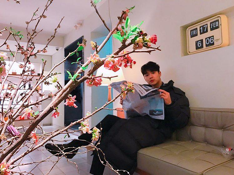 [新闻]170218 正信镜头底下的敏赫蜜汁笑容 与花枝一起相搭配
