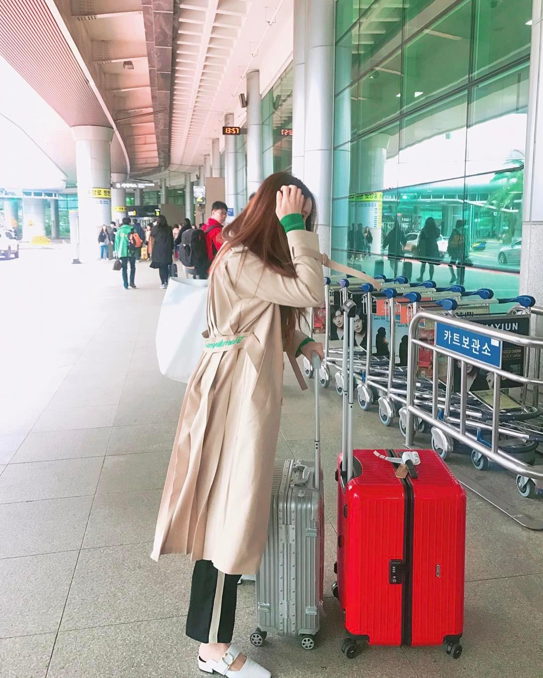 [分享]170325 孝敏INS分享近况  拖着行李箱去旅行的小姐姐
