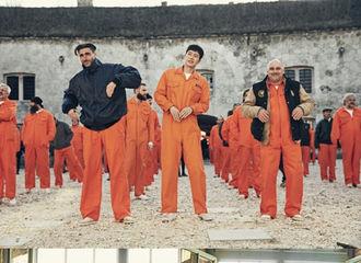 [新闻]170425 朴海镇《MAN X MAN》 展现暴风亲和力  外国演员们竖起大拇指