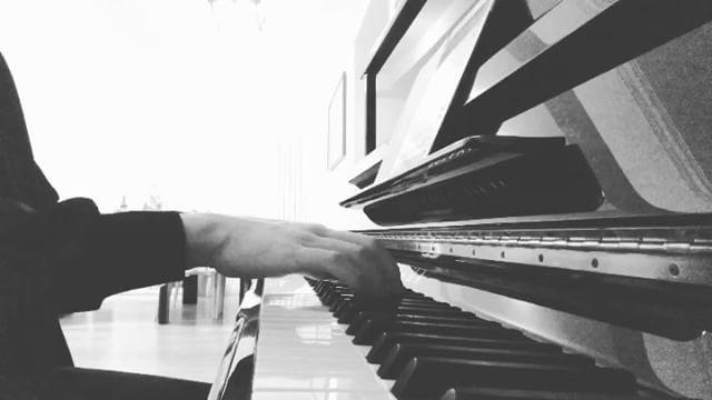 [分享]170427 您的好友——钢琴白已上线,优雅的白敬亭俘获你了吗?