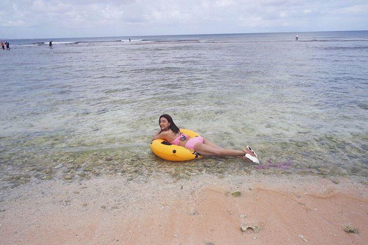 [分享]170428 沙滩海浪比基尼 Luna分享心动之旅