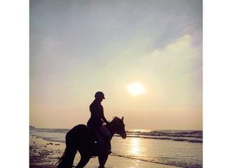 [分享]170525 骑马少女回忆录 Yuri分享手机珍藏美照
