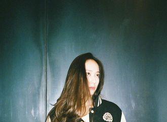 [分享]170622 闪耀的美貌 气场散发的女神Krystal郑秀晶