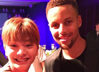[分享]170728 陆星材与NBA球星curry的荣光相遇 明朗少年微笑认证