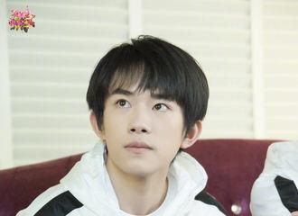 [分享]170827 千玺高清剧照来袭 小哥哥在想什么呢?