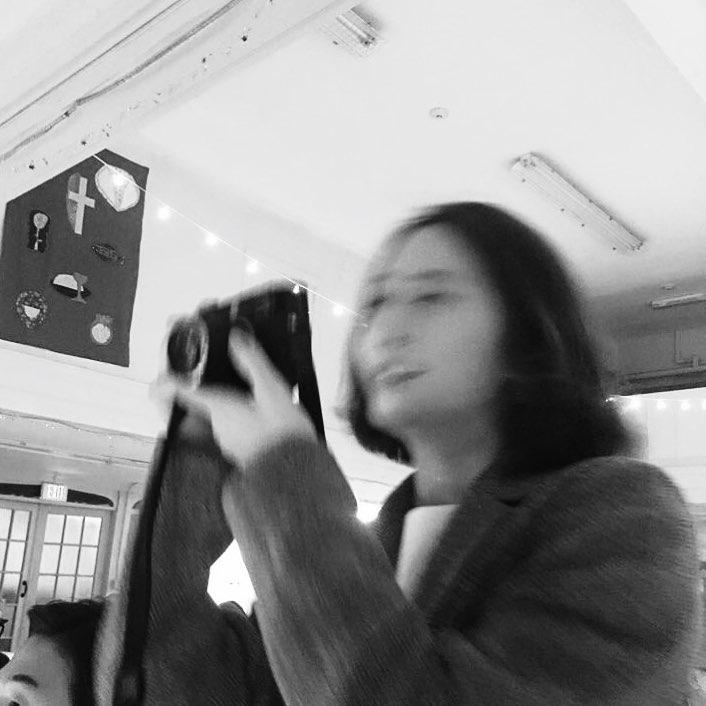 """[分享]171008 开心到模糊 摄影师郑秀晶的""""看不清脸""""打卡系列更新"""